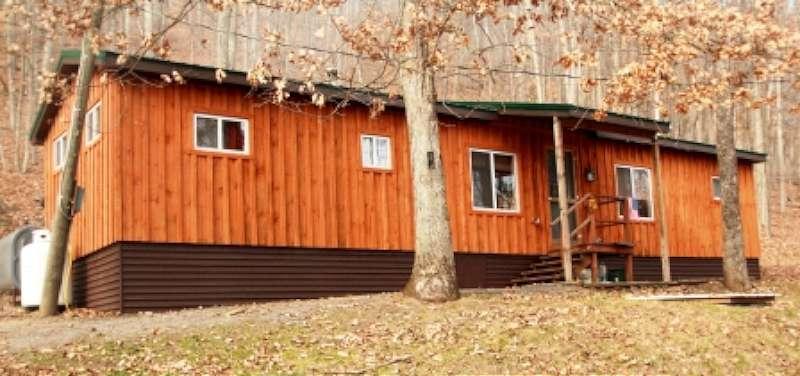 bobcat-cabin