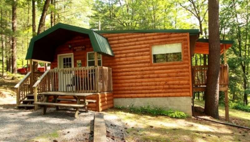 squirrels-nest-cabin