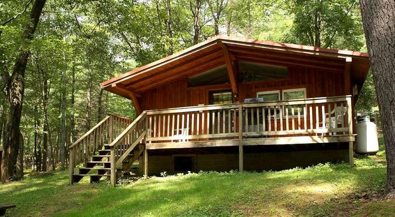 hillside-cabin-2